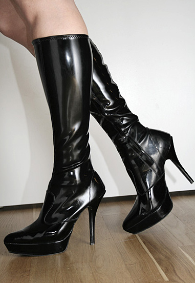 sex latex støvle fetish